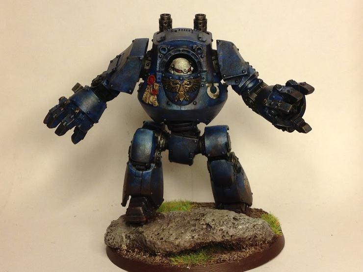 Ultramarine-Contemptor-Dreadnought-front
