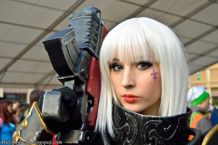 cosplay sister of battle