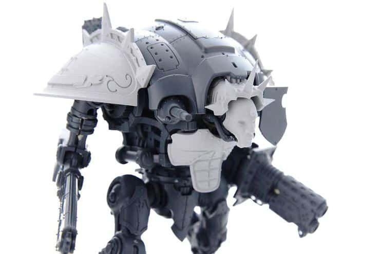 A new knight titan arrives from 3d printing spikey bits for Imperial printing