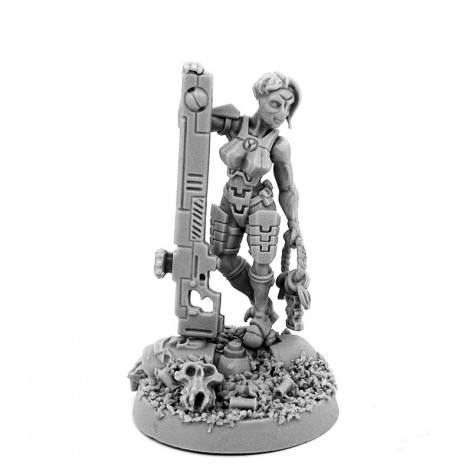 Top 10 Female Miniatures in 28mm Scale - Spikey Bits