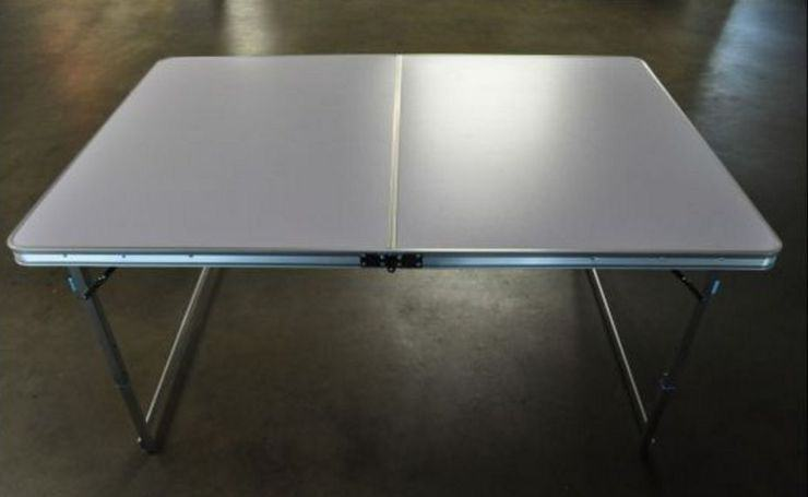 Review The First Commercial 4x6 Tabletop Gaming Table