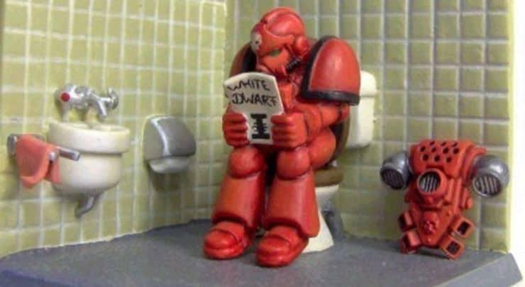 space-marine-butt-bathroom-white-dwarf