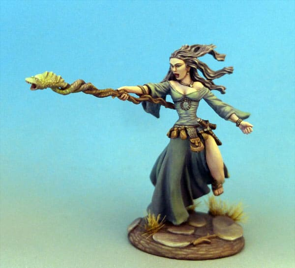 FEMALE MAGE WITH STAFF dark sword