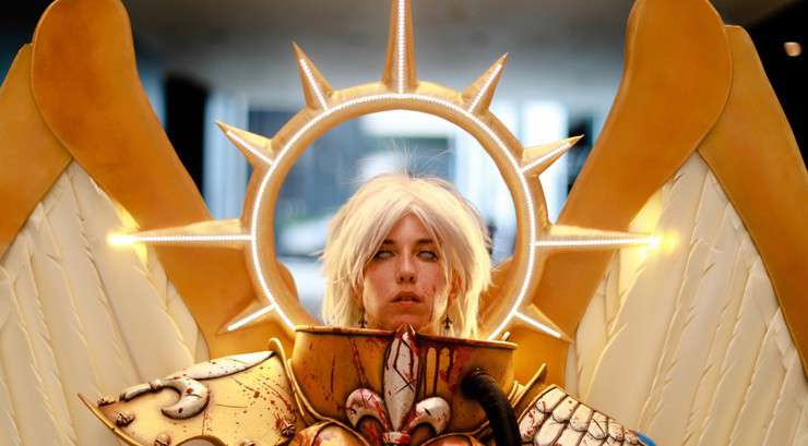 Celestine Returns! Sisters of Battle Cosplay